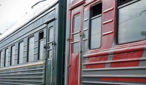 Policija smirivala građane koji su hteli na silu da uđu u besplatan voz