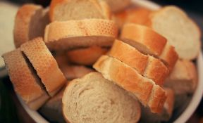 Dijabetičari hleb treba da ostave za kraj obroka