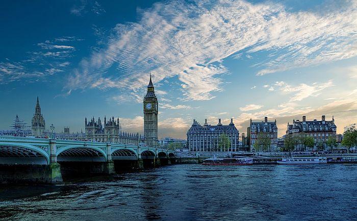 Nova aktivnost za turiste - vožnja kajakom kroz London