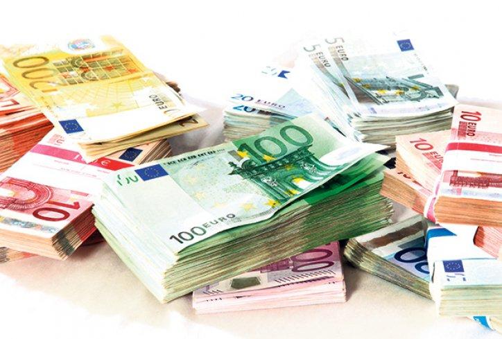 Bankari penzioneru s računa skinuli 400.000 evra