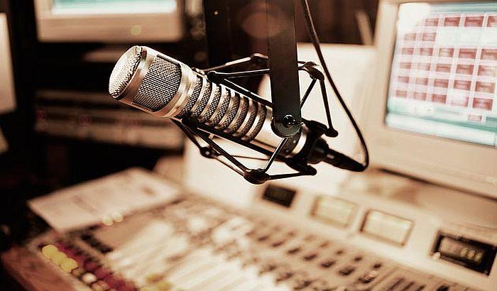 Svet danas obeležava Dan radija