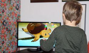 Deca hipnotisana reklamama