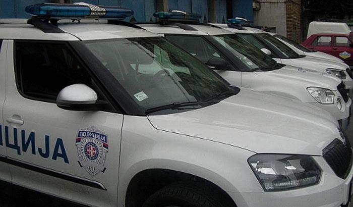 Potraga za policajcem osumnjičenim za otmicu