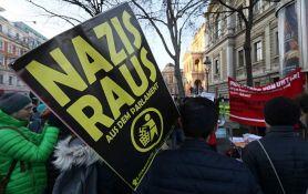 VIDEO: Austrijska vlada položila zakletvu, protesti paralisali Beč