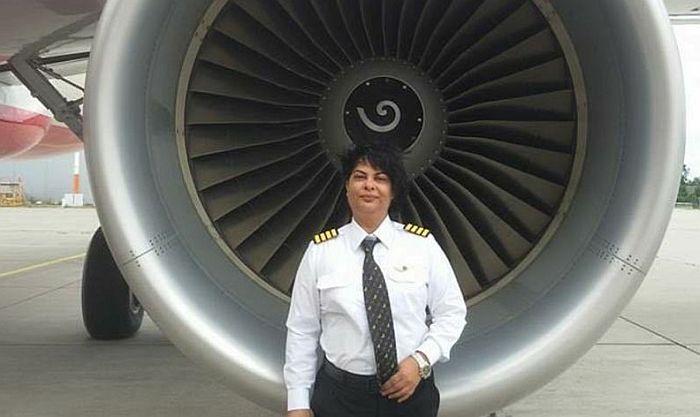 Žena pilot spasila živote 261 putnika