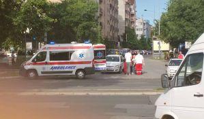 Dvoje povređeno u padu sa motora