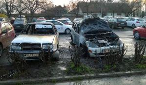 Englez iz osvete zapalio taksi u Petrovaradinu