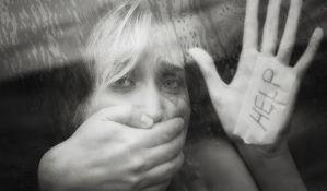 U porastu broj prijava za porodično nasilje, Sigurna kuća prebukirana