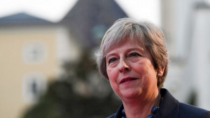 Bregzit: Mej apeluje na lidere EU da razmisle o njenom 'ozbiljnom planu'