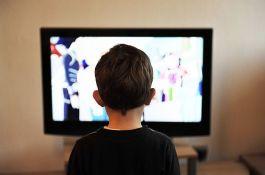 SZO: Deca mlađa od pet godina najviše sat vremena pred ekranom