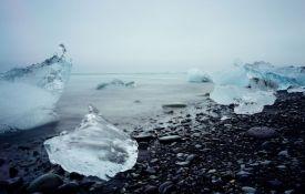 Dve milijarde tona leda istopilo se na Grenlandu u jednom danu