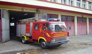 Apatin: Lokalizovan požar koji je zahvatio napušteni objekat
