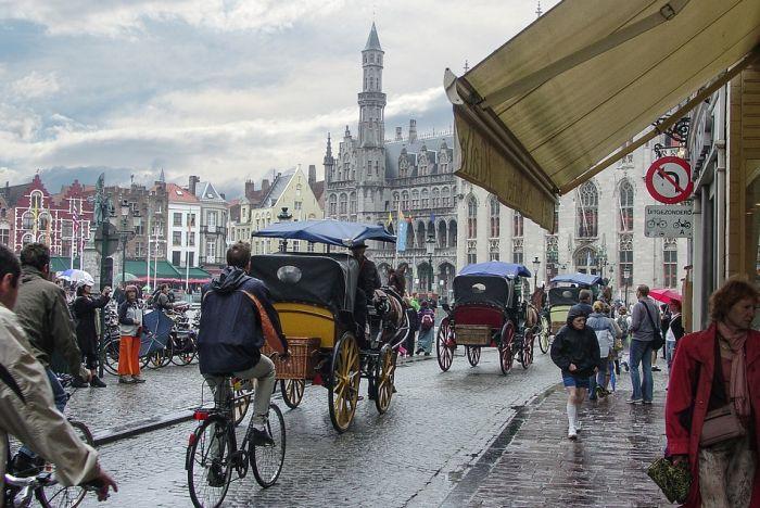 Sve više gradova Evrope ograničava broj turista, poslednji u nizu Briž