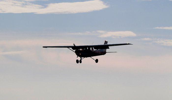Srušio se avion kod Zemun Polja, dvoje poginulih