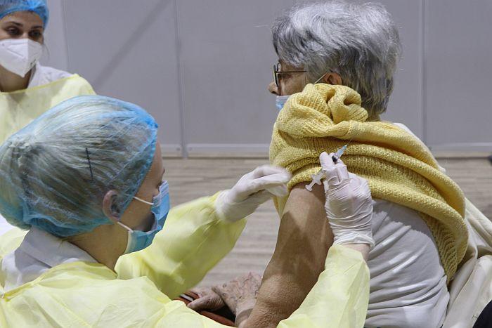 Slovenci koji su preležali kovid dobiće jednu dozu vakcine