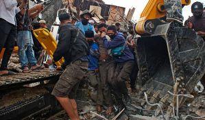 Broj žrtava zemljotresa u Indoneziji porastao na 56
