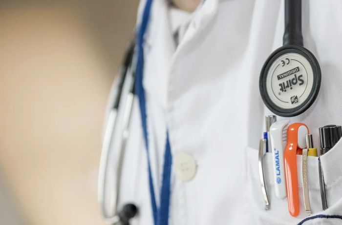 Još dvoje lekara preminulo od posledica virusa korona