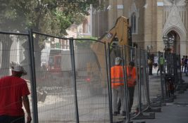 FOTO: Skoro četiri meseca radova na Pozorišnom trgu, ovako je na gradilištu danas