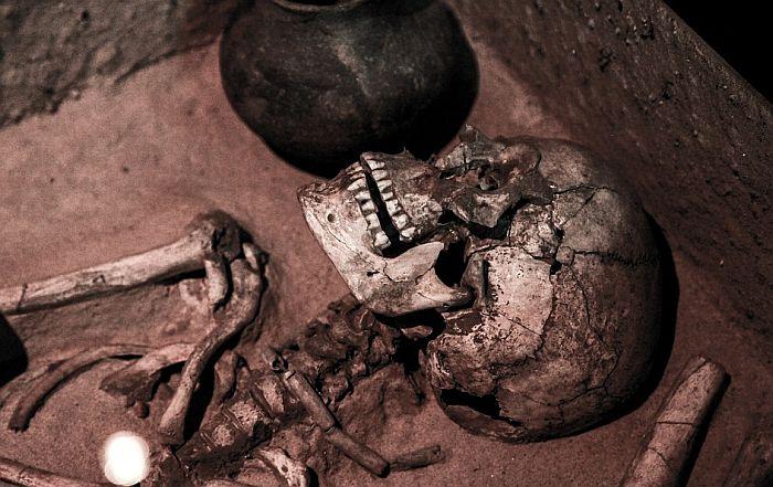 Italijan uhapšen jer je sa nalazišta u Pagu odneo ljudsku kost