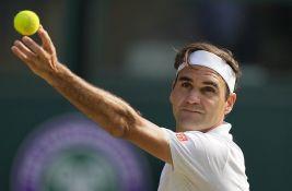 Federerova odeća i reketi prodati za 3,9 miliona evra