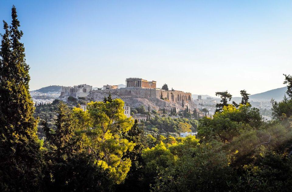 U Grčkoj od sutra novi uslovi: Bez sertifikata nema ulaska u zatvoren prostor, kazne nisu male