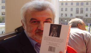 IZOLACIJA KNJIGAMA: Pisac Radoslav Petković predlaže čitaocima 021.rs šta da čitaju