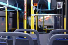 Nišlijka zbog neispravnih vrata ispala iz autobusa