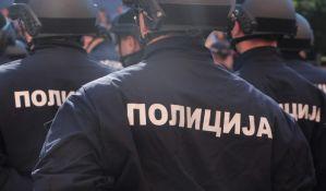 Polio benzinom i zapalio automobil na Voždovcu