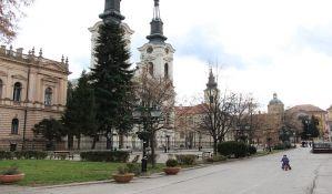 Za autosmećar u Sremskim Karlovcima nema novca, za projektnu dokumentaciju za izgradnju plutajućeg objekta ima