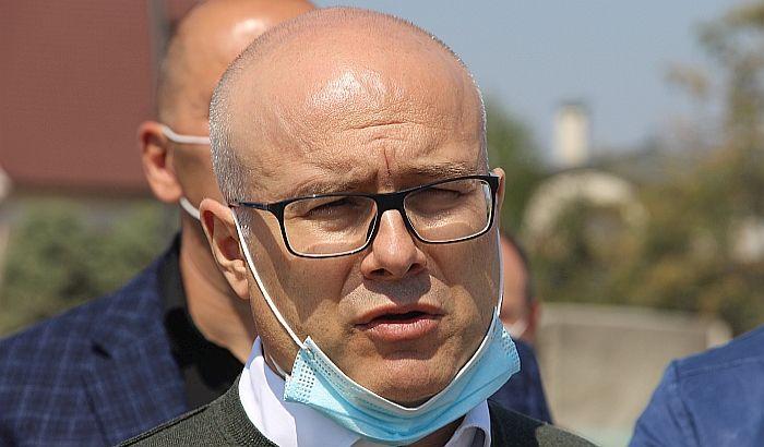 Vučević osudio nerede: Ne smemo da dozvolimo dalju eskalaciju nasilja