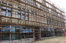 Izabrani radnici koji će završiti izgradnju nove ambulante na Adicama