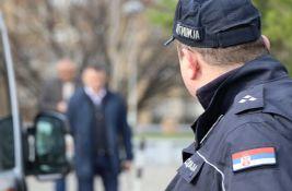 Bečejac pretio smrću ako ne dobije 100 evra, tražio 3.000 preteći paljenjem kuće
