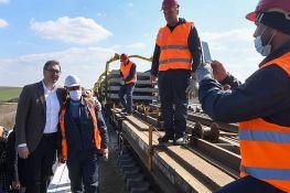 Vučić: Od februara sledeće godine vožnja brzom prugom od Beograda do Novog Sada