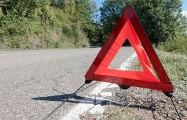 Šta kada se automobil pokvari na putu - bezbedno zaustavljanje