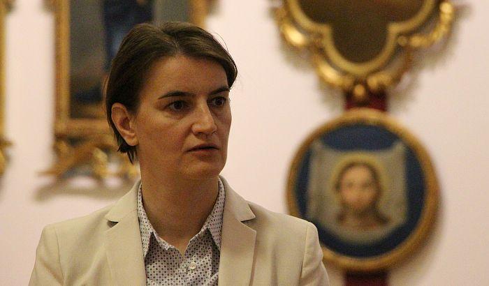 Brnabić: Prikazivanje fotografija ubijenih osuđuju opozicioni ljudi i mediji