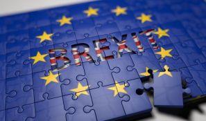 Poverljivi dokument o Bregzitu bez dogovora: Britaniju čekaju nestašica goriva, hrane i lekova