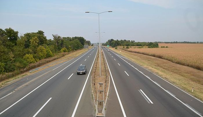 Kako se pravilno koristi leva traka autoputa
