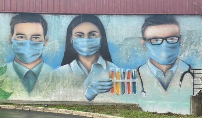 FOTO: Novosadski medicinari dobili mural blizu Urgentnog centra