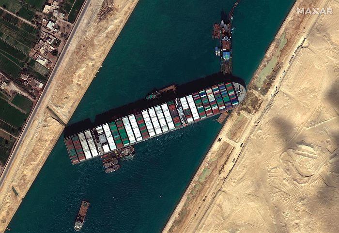 Egipat bi mogao da zatraži milijardu dolara odštete zbog blokade Sueckog kanala