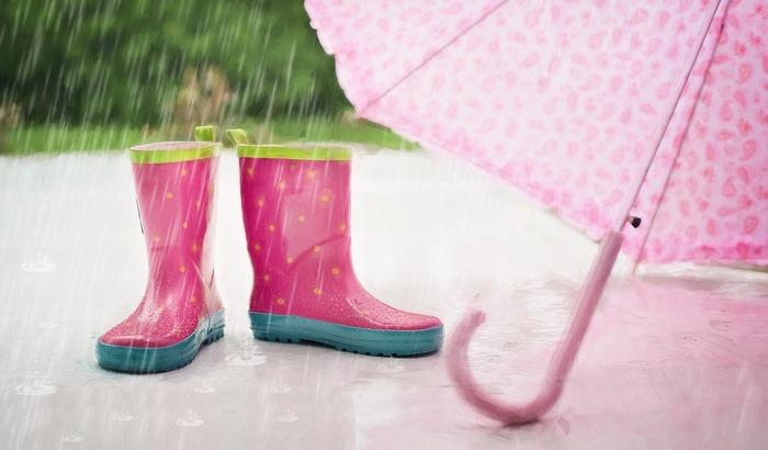Toplo, uz povremenu jaku kišu i povetarac