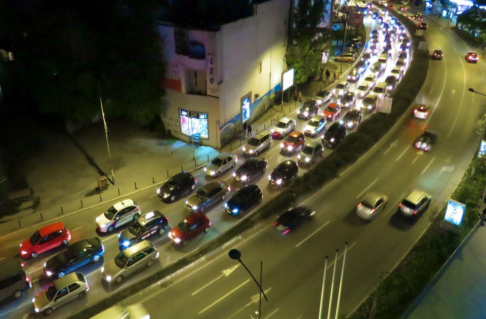 Saobraćajni krkljanac neprekidno usporava vožnju... i to svi osetite