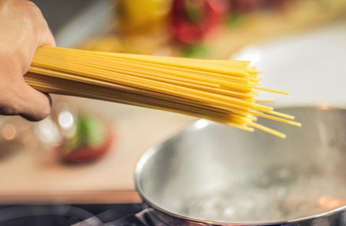 Istraživanje: Prodaja testenine u Italiji skočila 65 odsto, mnogi će se ugojiti od dva do četiri kg