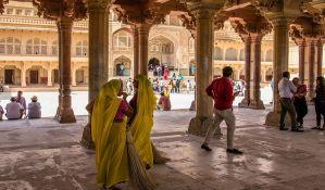 Masovno trovanje pirinčem na verskoj ceremoniji u Indiji, najmanje 11 mrtvih