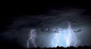 Meteorolozi iz regiona upozoravaju: Narednih dana oluje i obilne padavine, moguće i poplave