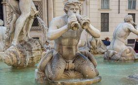 Kažnjen sa 550 evra zbog krađe novčića iz fontane
