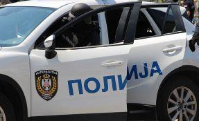 Novosadska policija uhapsila trojicu dilera i zaplenila marihuanu, tablete i pištolj