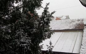 I sutra sneg