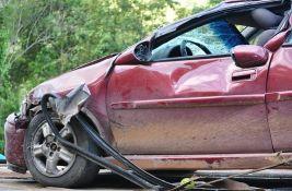 Lančani sudar kod Čačka bez povređenih: Fiat udario u BMW, a ovaj u Opel