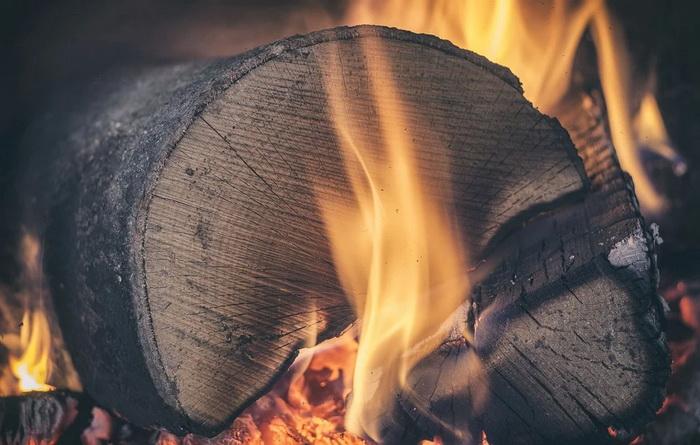 U Srbiji se najviše isplati grejanje na drva, najskuplje na struju
