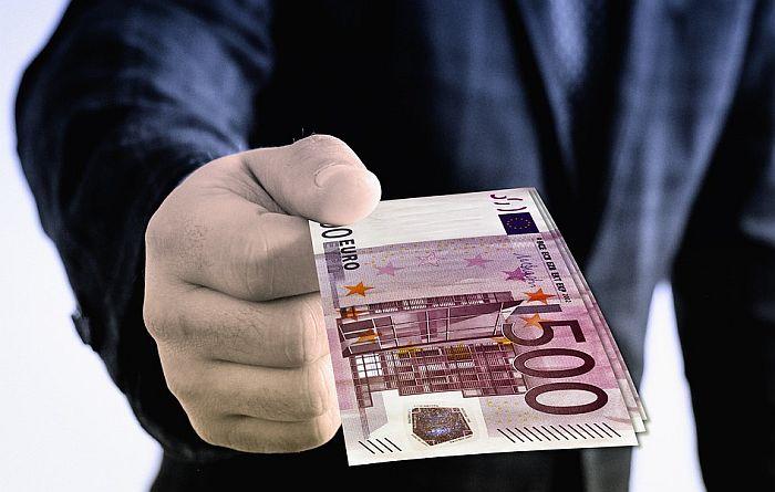 Eksperiment pokazao šta se dogodi kad se siromašnima da 950 evra